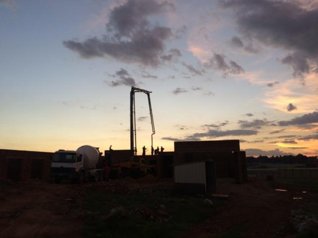 Pouring Concrete_Sunset_Construction