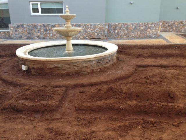 Courtyard_Construction