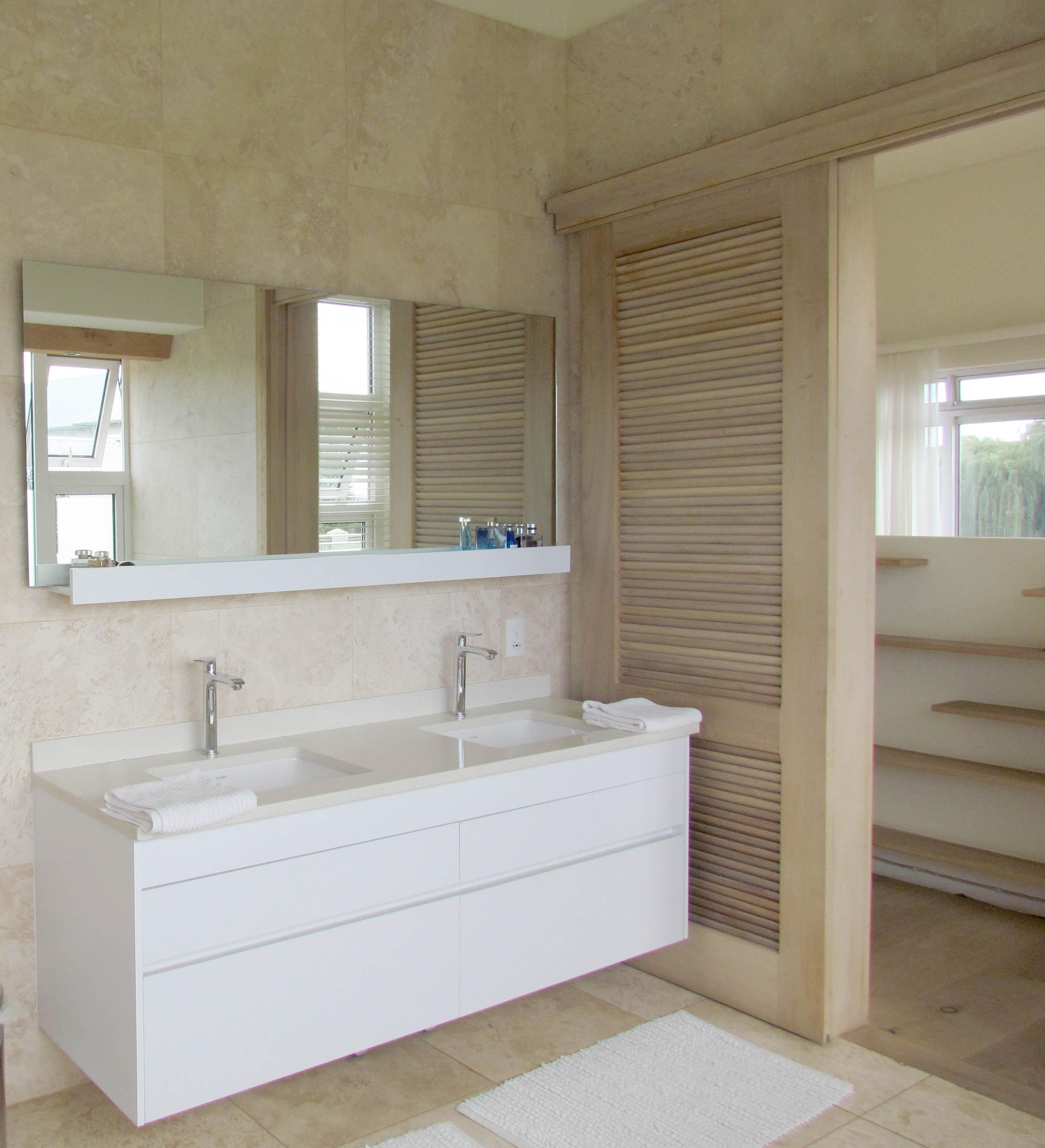 Louvre Bathroom Solid wood doors