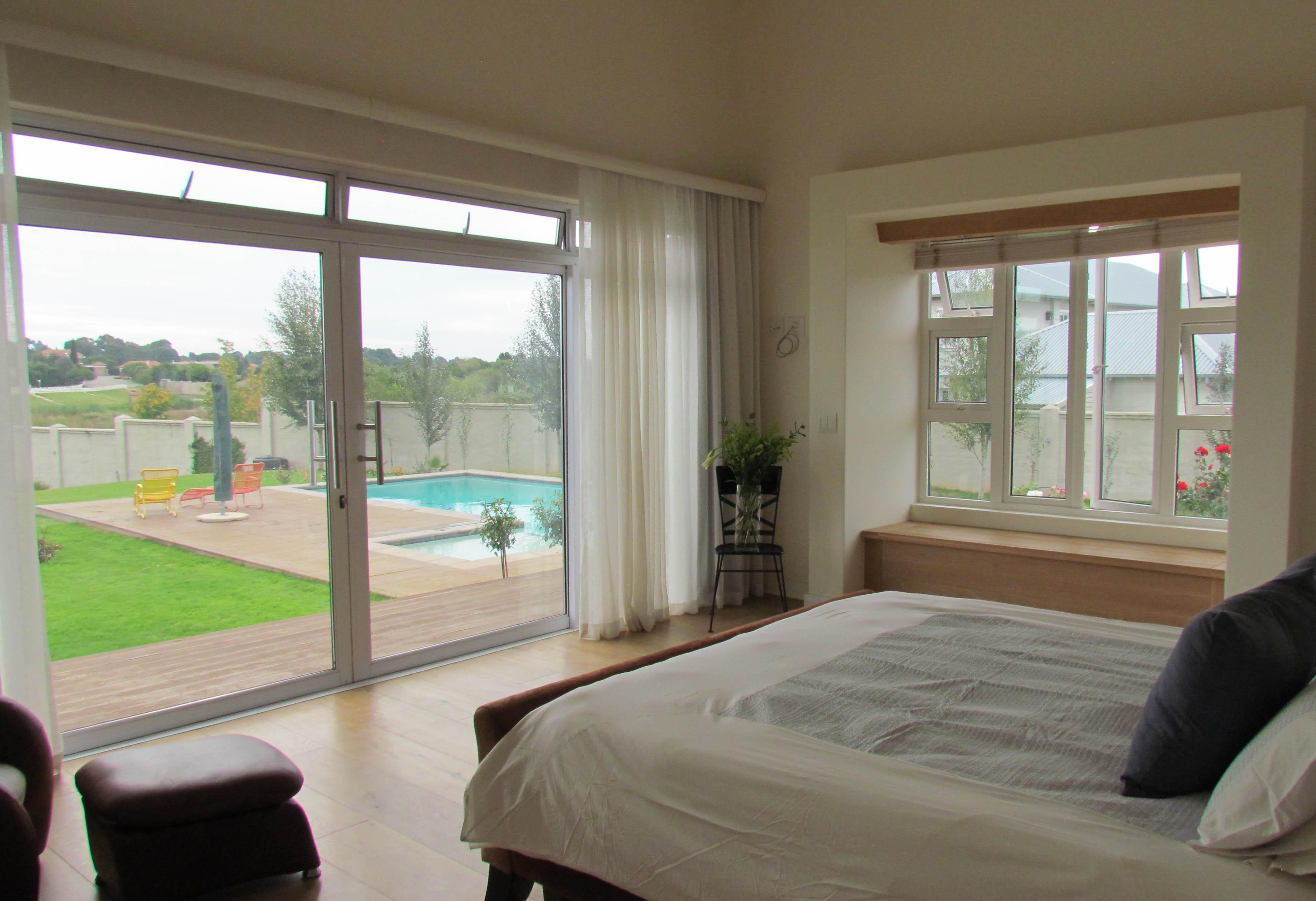 Main bed_Swimming Pool